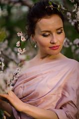 DSC_3914 (Altvod) Tags: portrait girl    nature  botanicalgarden flowers  people