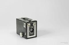 Brownie target six 20 b (L Urquiza) Tags: still life bodegon table top naturaleza muerta camera antique