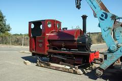 3 (Hampton & Kempton Waterworks Railway.) Tags: darent arrives loop