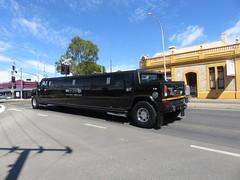 Hummer Limousine (RS 1990) Tags: adelaide southaustralia friday 23rd september 2016 hummer limo limousine black goodwoodrd
