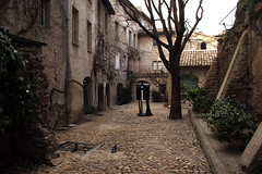Avignon (Génial N) Tags: house france pentax avignon pentaxkr