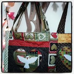 Bem Divino (Joana Joaninha) Tags: minasgerais bag patchwork bolsa joanajoaninha flickrandroidapp:filter=none