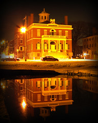 Reflections of the Custom House (StirlingCreative.com) Tags: longexposure reflection mirror salem glassy slowexposure salemmassachusetts customhouse salemma derbywharf derbystreet