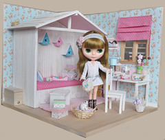 OOAK Diorama Shabby Cottage 1 (4)