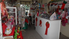 Christmas at Seju Selektion Florist - Barbados (sejuselektion) Tags: birthday shop design celebration decorating barbados florist christmasdecoration caribbean deco flowershop flowershops christmasbasket sejuselektion flowershopinbarbados floristinbarbados sejuselektionflowershop sejuselektionflowergiftshop flowershopsinbarbados barbadosflorist