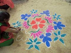 kolam_2172w (Manohar_Auroville) Tags: girls luigi tamil pongal pondicherry kolam rangoli fedele pondy manohar puducherry