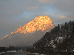 the awakening (koaxial) Tags: winter mountain snow cold ice berg sunrise canon austria sterreich powershot sonnenaufgang kufstein s100 canonpowershots100 koaxial img0219a vigilantphotographersunite vpu2 vpu3 vpu4 vpu5