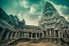 Ancient-Angkor-Wat-Temple-in-Siem-Reap-Cambodia