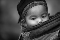 Vietnam: jeune enfant; ethnie des Lolo Noir. (claude gourlay) Tags: vietnam asie asia tonkin indochine claudegourlay portrait retrato ritratti ethnic ethnie minority minorit nb bw blackandwhite bao lac caobang baolac lolonoir