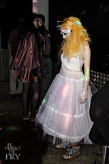 La novia (No puede hacerlo otro) Tags: carnaval carnival alicante 2016 espaa spain noche night fiesta party nightout disfraz costume disfraces costumes color colour colores colors colours maquillaje makeup novia bride prometida fiancee mascara mscara mask