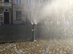 Wrocaw 27 (greger.ravik) Tags: polen polen2016 poland polska wroclaw wrocaw vattensprut sprut konst fontn brandpost fire hydrant fireplug spray