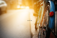 (N.D.K.K.) Tags:    bokeh barrio bulgaria bg street strada strase spain size strange sofia sun sol madrid movie markii photography photo photoshop bicicleta bike bicycle old city calle cinematic ciudad canon canon5dmarkii contraluz public
