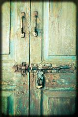 Old door (nagillum) Tags: green oldgreendoor latch