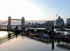 Thames sunrise (UncanD) Tags: london reflection dawn morning sunrise river thames towerbridge cityhall towerpier boats
