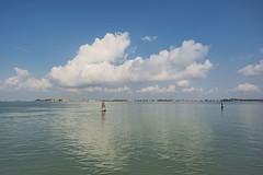 la nuvola (conteluigi66) Tags: laguna venezia palazzi sanmarco luigiconte acqua riflesso paesaggio veneto bricola bricole nuvola nuvole