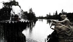 Kensington Park view (DameBoudicca) Tags: england inglaterra angleterre inghilterra  britain greatbritain unitedkingdom uk storbritannien vereinigtesknigreich reinounido royaumeuni regnounito  london londres londra  longwater kensingtongardens park parc parque  fountain fontana fontaine fontn springbrunnen fuente  italiangardens