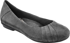 """Earth Bellwether shoe grey print • <a style=""""font-size:0.8em;"""" href=""""http://www.flickr.com/photos/65413117@N03/29232259173/"""" target=""""_blank"""">View on Flickr</a>"""