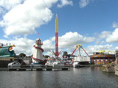 Fun by the canal basin (bryanilona) Tags: boats cruisers canalbasin moorings marina funfair rides entertainment stourportonsevern worcestershire