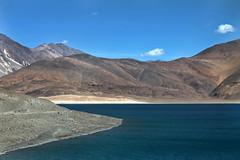 Serenity (chandnidossani) Tags: ladakh leh jammukashmir india incredibleindia pangonglake indiachinaborder turquoise landscape travelphotography