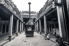 Thien Hau Temple, Ho Chi Minh City (julesnene) Tags: travel temple worship asia southeastasia religion hochiminhcity placeofworship famouslandmark thienhautemple canoneos7d julesnene juliasumangil chabthinhuthepagodaoftheladythienhau traditionalchinesereligion chinesestyletemple