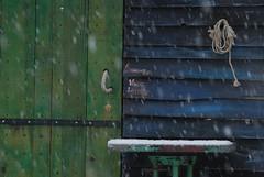 Cabanon de pêche sous la neige (Michel Seguret Thanks for 11,8 M views !!!) Tags: schnee winter snow france season pond nikon hiver nieve pro estanque invierno neige d200 teich inverno languedoc étang smörgåsbord saison hérault stagno bouzigues dragongoldaward michelseguret