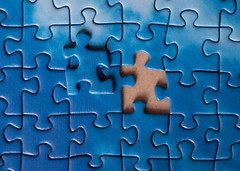 Runaway Puzzle (Filip Federowicz (filu)) Tags: blue zeiss grid escape sony puzzle a900 czj135f35 ゾナー ツァイス cz135 cz135mm ソニ