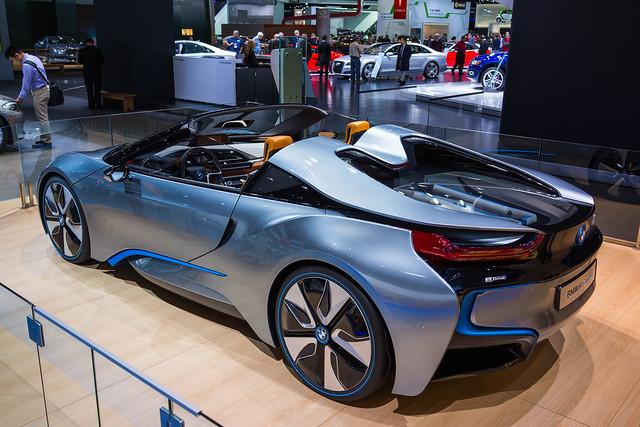auto show sony detroit bmw i8 2013 rx1