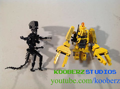 Building Models (Powerloader by Larry Lars) (Kooberz) Tags: brick nerd movie video model lego alien colonial ripley aliens videogames animation marines recreation stopmotion minifigure nostromo lv426 nerdstatus kooberz youtubecomkooberz