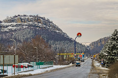 On the entrance of Veliko Tarnovo (K. Yankov) Tags: road winter snow cars hill entrance peak bulgaria velikotarnovo