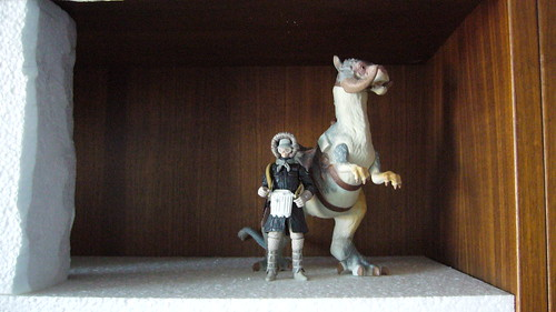 "Han and the tauntaun are supposed to stand next to the cave • <a style=""font-size:0.8em;"" href=""http://www.flickr.com/photos/86825788@N06/8489069671/"" target=""_blank"">View on Flickr</a>"
