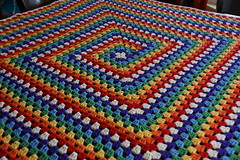 Never Ending Afghan, Free Crochet Pattern (The Crochet Crowd) Tags: square mikey blanket afghan granny ebook grannysquare crochetafghan freecrochetpattern neverendingafghan thecrochetcrowd michaelsellick crochetcrowd freegrannysquarepattern neverendingafghans