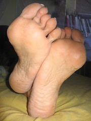 just soles (al_garcia) Tags: feet high shoes toes sandals dirty sweaty heels rough mules soles smelly cracked toenails anklets toerings bunions calloused