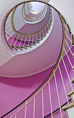 into the light (hjuengst) Tags: architecture munich mnchen treppe staircase architektur cafeglockenspiel
