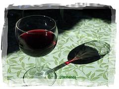 riflessi vino bicchiere vetro thegalaxy drinksinaglass... (Photo: solonanda non c'è più on Flickr)