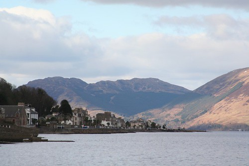 Port Bannatyne and the Cowal hills