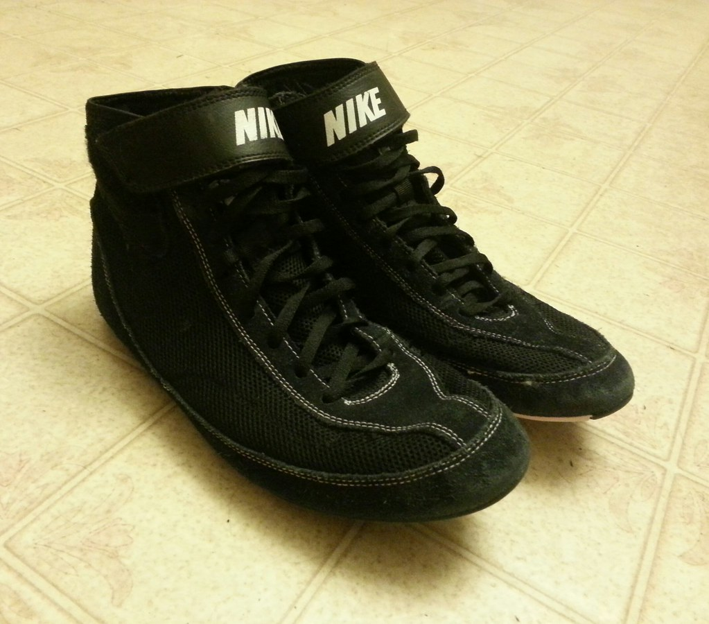 How To Customize Nike Wrestling Shoes