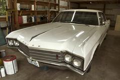 '66 Electra (Curtis Gregory Perry) Tags: door white car sedan four washington buick nikon automobile garage 1966 66 electra 车 汽车 汽車 yacolt 車廂 自動車 轿车 车厢 车辆 車輛 四輪車 轎車 乗用車 オートモビル