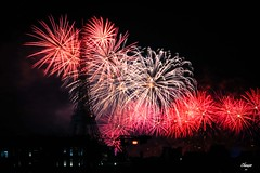 National Holiday In Paris (Chauxe) Tags: paris eiffeltower toureiffel feudartifice feuxdartifices fireworks firework nuit coucherdesoleil couchdesoleil coucherdusoleil chauxe photographefranais photographe canoneos canoneos60d canon franais france capitale noir night black