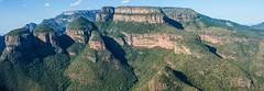 Panoramica de los tres Rondavels en Mpumalanga, Sudafrica (Francesc Farran) Tags: sudafrica montaas rondavels