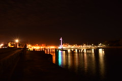 Familiar view (navarrodave80) Tags: night refelections pylon pier ustka poland nightshot nightphotography nikon 3300 davechmiel chmiel