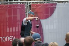 Edinburgh Festival Fringe (Secondcity) Tags: edinburgh edinburghfestivalfringe streetperformer