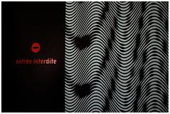 Geometrie (arrixaca15) Tags: friche belle mai arquitecture architecture arquitectura marseille marsella france street rue callejera ventanas luz entree interdite prohibido el paso