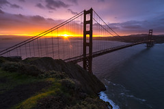 Golden Gate Morning (PhiiiiiiiL) Tags: california bridge sky usa sun water rain clouds sunrise golden nikon gate san francisco wasser united battery himmel wolken states spencer brcke viewpoint sonne sonnenaufgang regen kalifornien aussichtspunkt d800e
