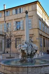 Aix-en-Provence (Bouches-du-Rhne) - Place et fontaine des 4 dauphins (Morio60) Tags: aixenprovence provence 13 fontaine dauphins bouchesdurhone