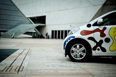 Toyota de Joana Vasconcelos dá cor à cidade (Toyota Portugal) Tags: arte aeroporto urbanart porto baixa leçadapalmeira casadamúsica siloauto joanavasconcelos toyotaiq carropintado decoraçãocarro