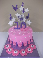 starry starry night (The Whole Cake and Caboodle ( lisa )) Tags: pink flowers cakes cake stars purple 10 caboodle