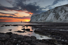 Beachy Head (Alan MacKenzie) Tags: sunset landscape sussex chalk cliffs eastbourne southdowns beachyhead beachyheadlighthouse leefilters