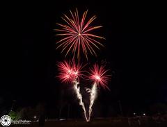 Beaudesert Show 2016 - Friday Night Fireworks-39.jpg (aussiecattlekid) Tags: skylighter skylighterfireworks skylighterfireworx beaudesertshow2016 qldshows itsshowtime beaudesert aerialshell cometcake cometshell oneshot multishot multishotcake pyro pyrotechnics fireworks bangboomcrackle