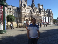 Ayman Abu Saleh - Paris _ France  22.08.2016     -  -  (Ayman Abu Saleh   ) Tags: ayman abu saleh paris france 22082016