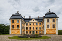 Christinehof Castle (Infomastern) Tags: christinehof architecture arkitektur building byggnad castle slott exif:model=canoneos760d exif:aperture=90 geocountry camera:make=canon exif:isospeed=100 camera:model=canoneos760d exif:focallength=18mm geolocation exif:lens=efs18200mmf3556is geostate geocity exif:make=canon